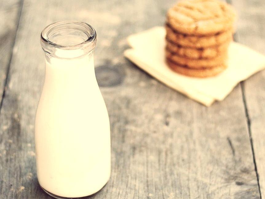 Milk & Cookies (by Erica Lea)