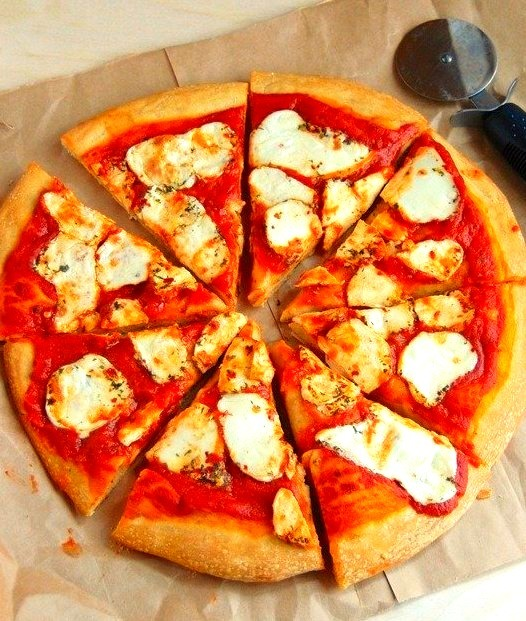 {3-ingredient whole wheat pizza}