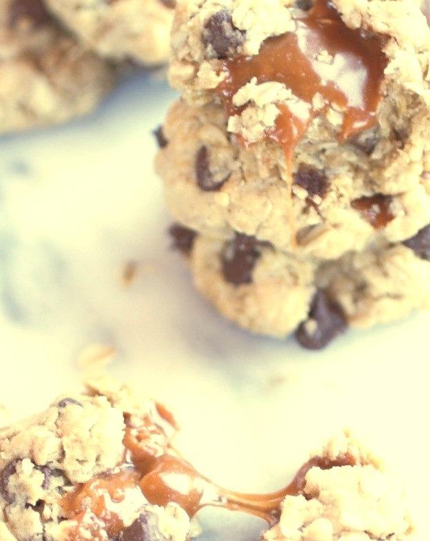 Recipe: Burnt Peanut Butter Caramel Oatmeal Chocolate Chip Cookies